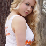 Hooters Girl - Picture 10