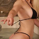 Big Boobed Teen Unties Her Bikini Top - Picture 13