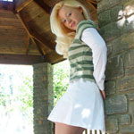 Teen Blonde In Cute Green Shirt - Picture 10